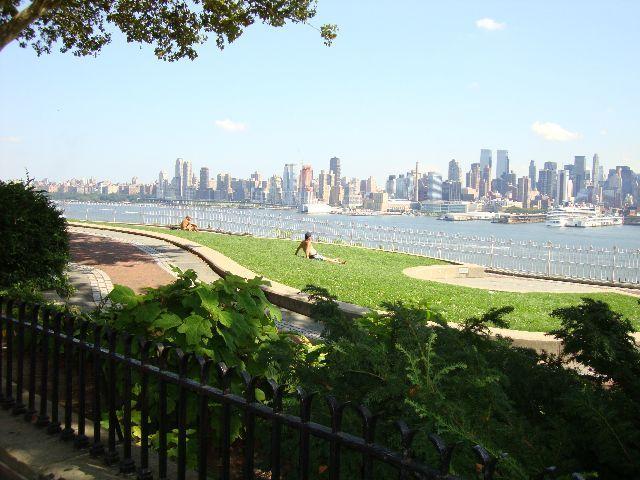 ニュージャージーから見るマンハッタン